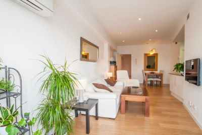 Beautiful apartment with furniture in the centre of Barcelona